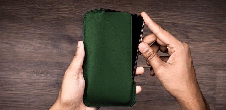 iPhone 11 Pro Max-hoesje - Donkergroen - Soepel Leer